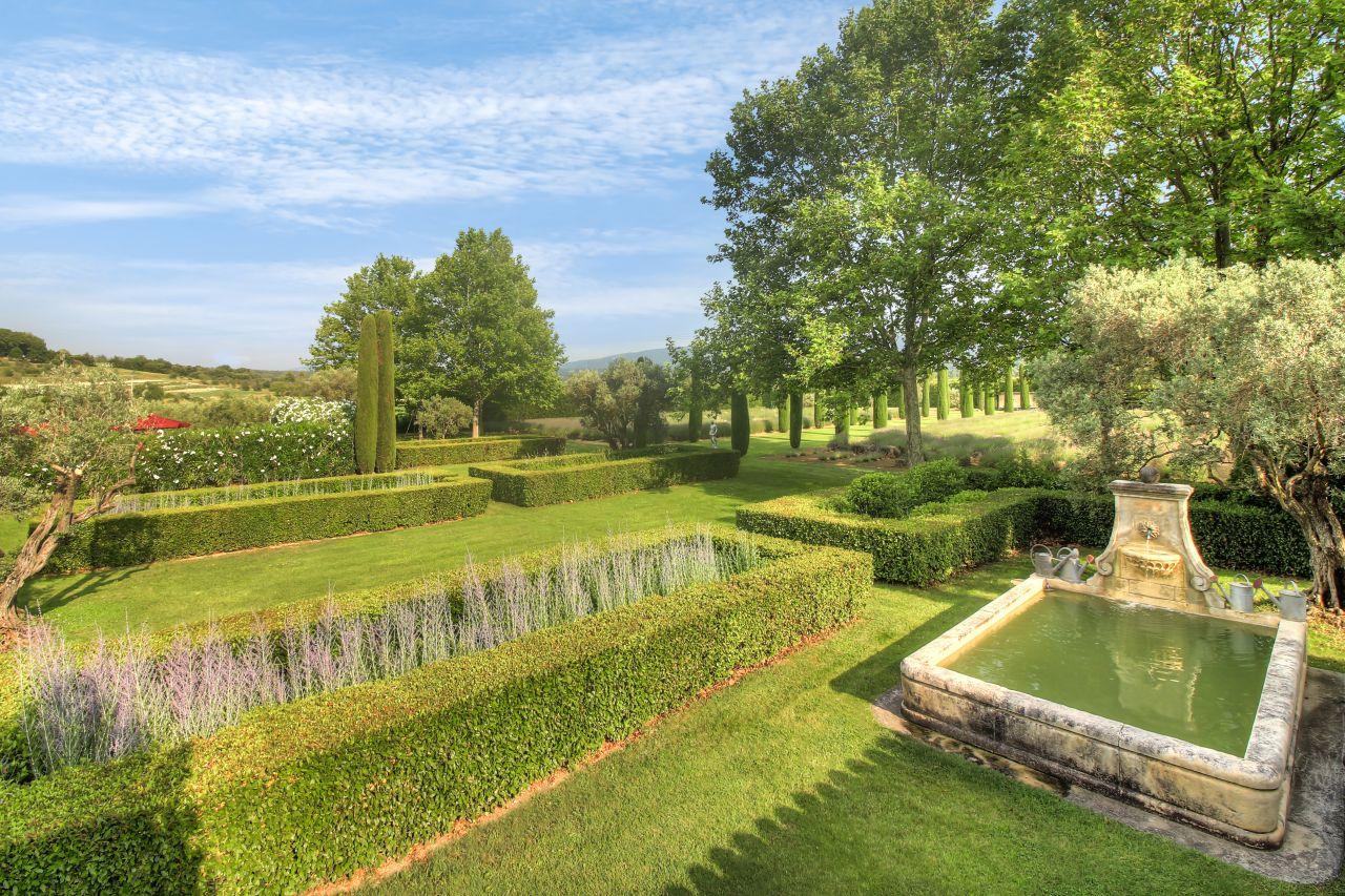LE MAS DES JARDINS Luxus Ferienhaus Provence