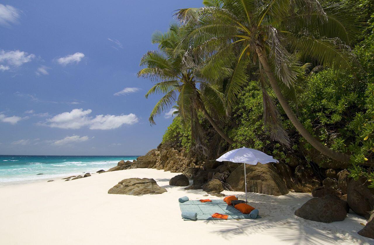 north island seychellen bei landmark buchen. Black Bedroom Furniture Sets. Home Design Ideas