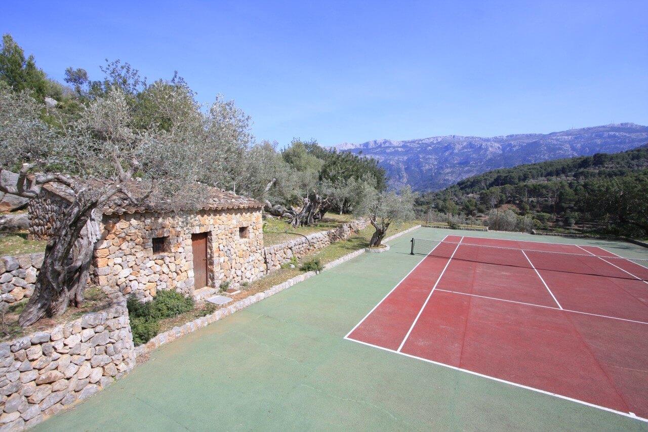 Son Salas Deia Tennisplatz