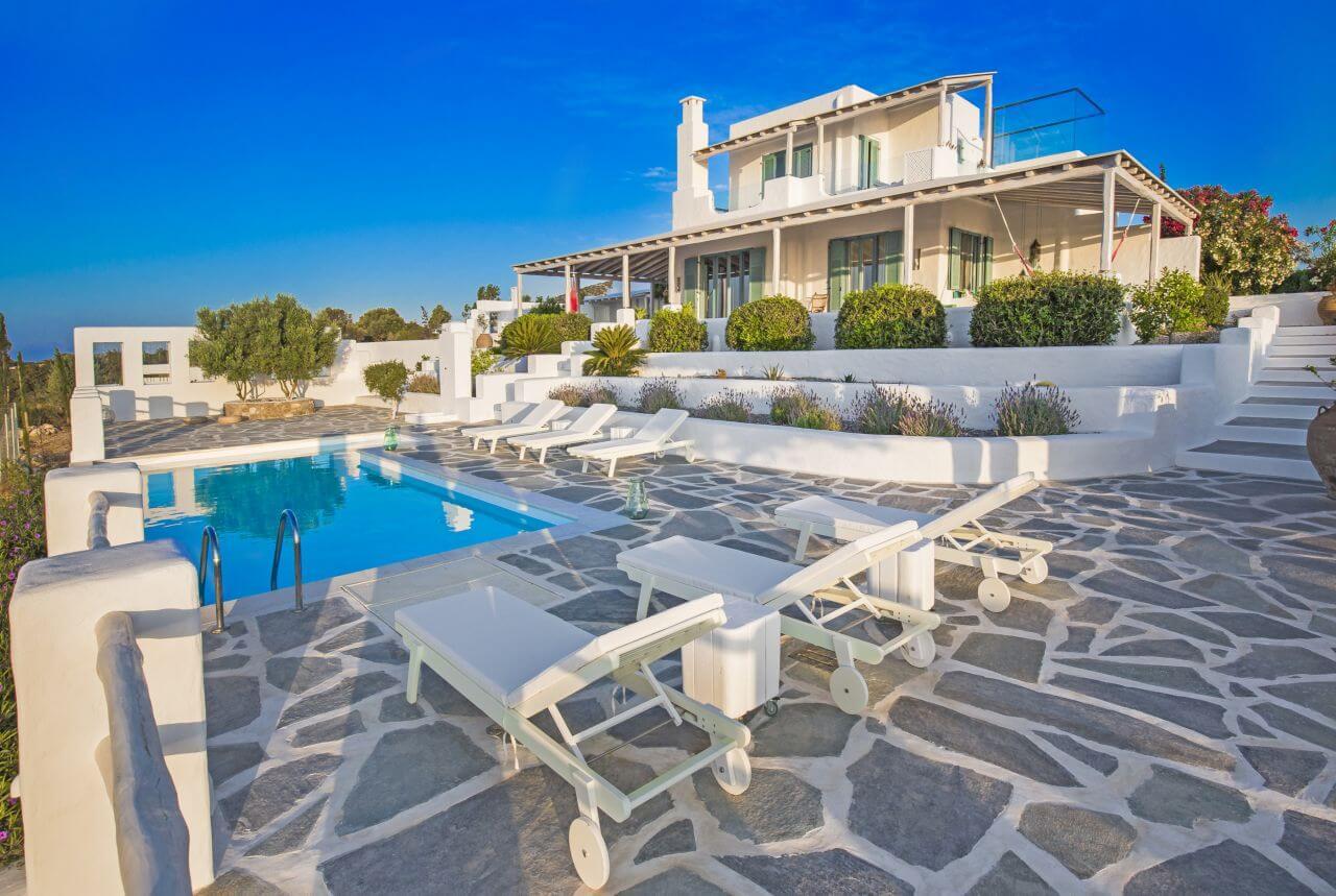 villa lachania zauberhafte ferienvilla am meer auf. Black Bedroom Furniture Sets. Home Design Ideas