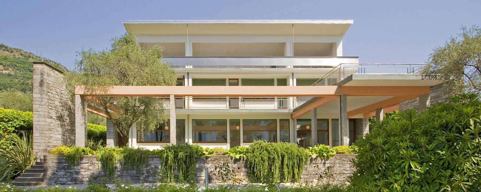 villa ossucio luxus ferienhaus am comer see mieten landmark. Black Bedroom Furniture Sets. Home Design Ideas